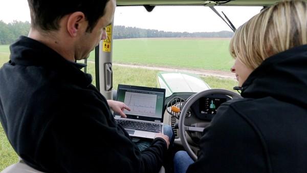 A Schaeffler teljes körű szolgáltatást nyújt a mezőgazdasági gépek számára.