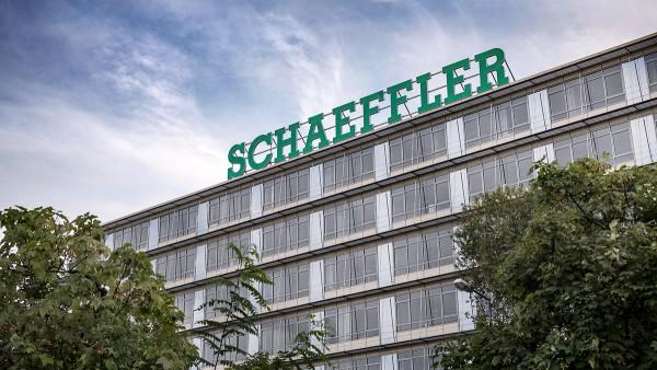 A Schaeffler-csoport kihívásokkal teli környezetben, erős cash-flow-val teljesített 2019-ben